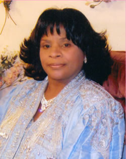 venetia wilson picture with light blue suit